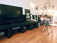 Zwart tv meubel steigerhout
