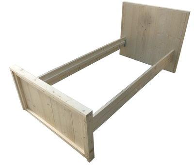 Eenpersoonsbed steigerhout bouwpakket